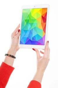 Seniors use tablets for social media