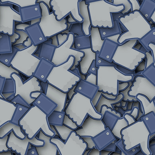 Way to manage social media communities