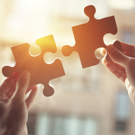social media strategy puzzle pieces